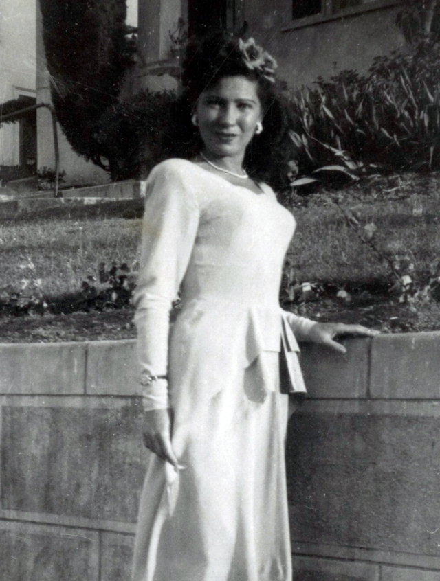 My mother was a stunning young woman. I found this old picture just last week in a box.