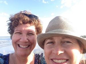 Judy & Joni selfie 1