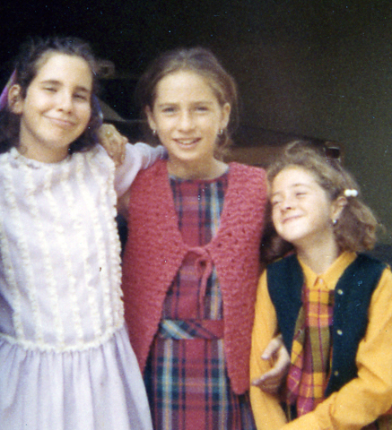 Joni is in the middle and her younger sister; Shari has such an adorable expression on the right.